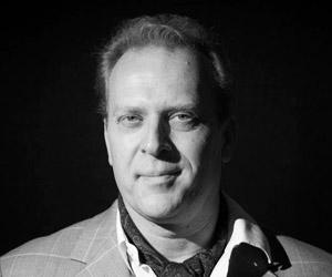 Allan Høier, idémand, projektleder, researcher, forfatter, skuespiller, sanger